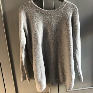XS French Connection Sweater in light gray
